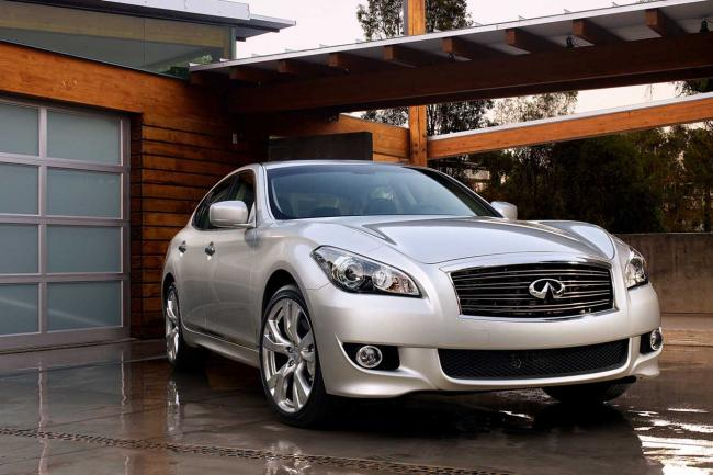 Infiniti m performante et luxueuse