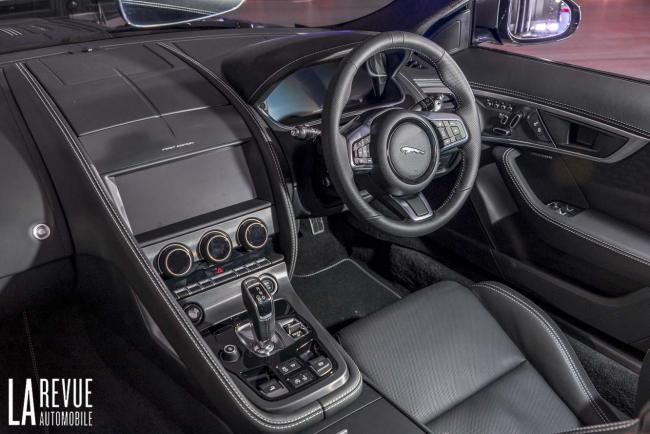 Interieur_jaguar-f-type-2020-reveal_4