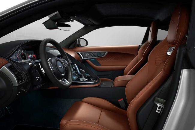 Interieur_jaguar-f-type-r-dynamic-black-le-millesime-2022-ultra-chic_3
