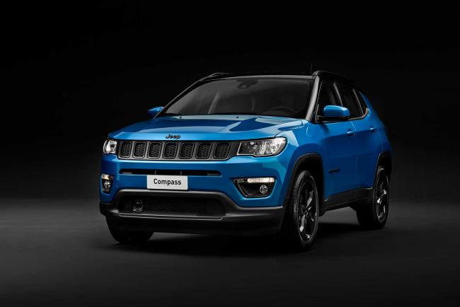 Exterieur_jeep-compass-night-eagle_0