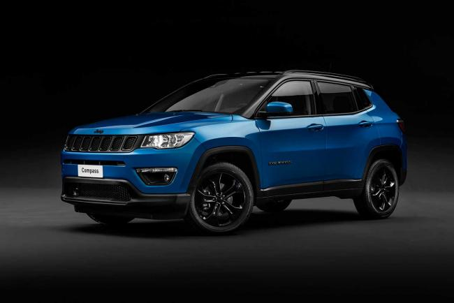 Exterieur_jeep-compass-night-eagle_2