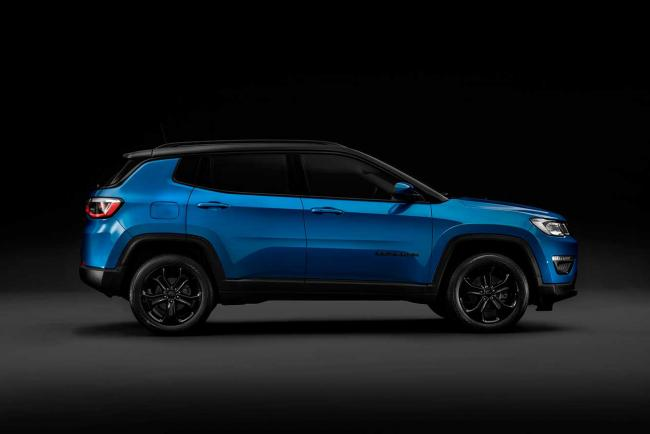 Exterieur_jeep-compass-night-eagle_3