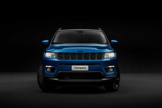Exterieur_jeep-compass-night-eagle_4