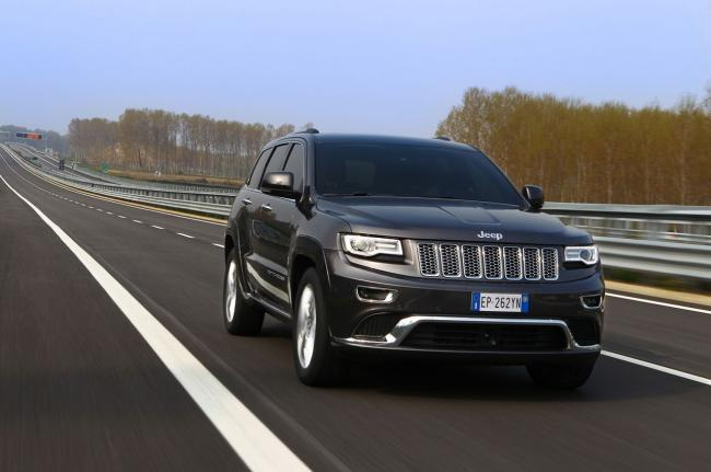 Exterieur_Jeep-Grand-Cherokee-Summit_7