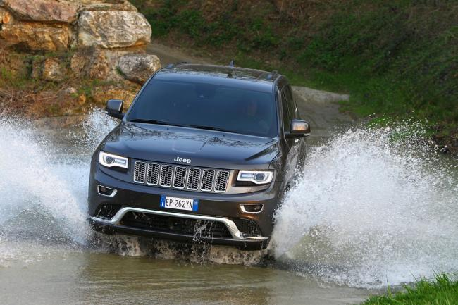 Exterieur_Jeep-Grand-Cherokee-Summit_16
