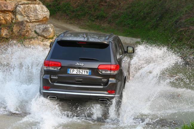 Exterieur_Jeep-Grand-Cherokee-Summit_1