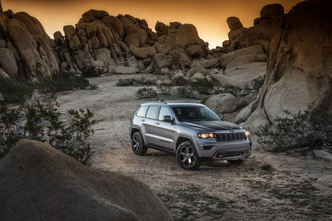 Exterieur_Jeep-Grand-Cherokee-Trailhawk_3