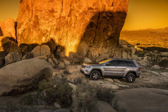 Exterieur_Jeep-Grand-Cherokee-Trailhawk_7