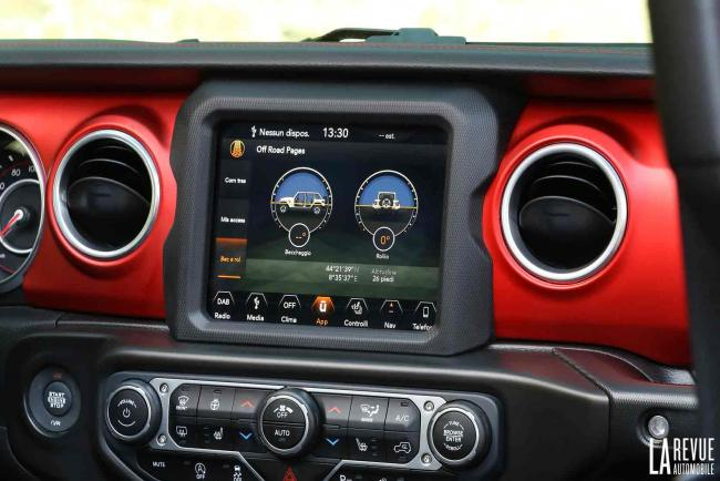Interieur_Jeep-Wrangler-Rubicon_33