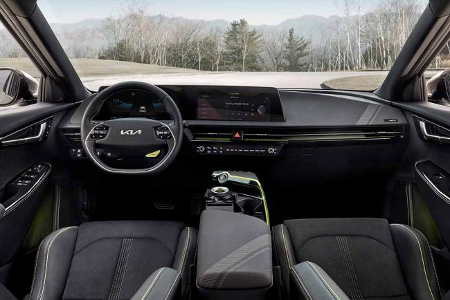 Interieur_kia-ev6-gt-elle-s-attaque-a-la-tesla-model-3-performance_2