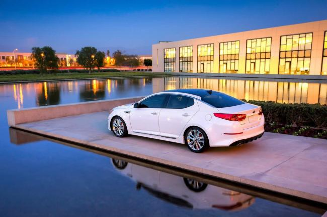 Exterieur_Kia-Optima-2014_0