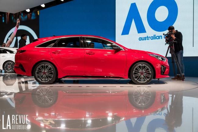 Exterieur_Kia-ProCeed-Salon_1