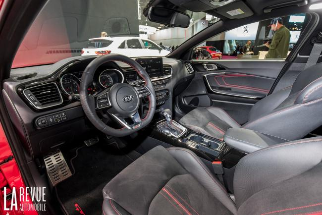 Interieur_Kia-ProCeed-Salon_9