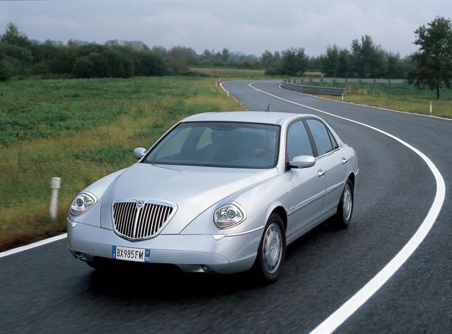 Photos lancia thesis
