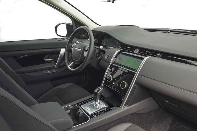 Interieur_land-rover-discovery-sport-p250-hse-essai_0