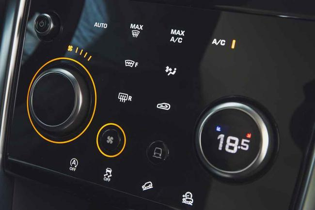 Interieur_land-rover-discovery-sport-p250-hse-essai_2