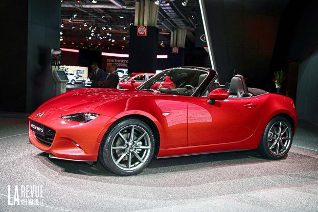Un concept mazda mx 5 a chicago