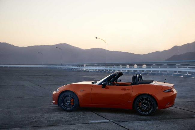 Exterieur_mazda-mx-5-racing-orange_5