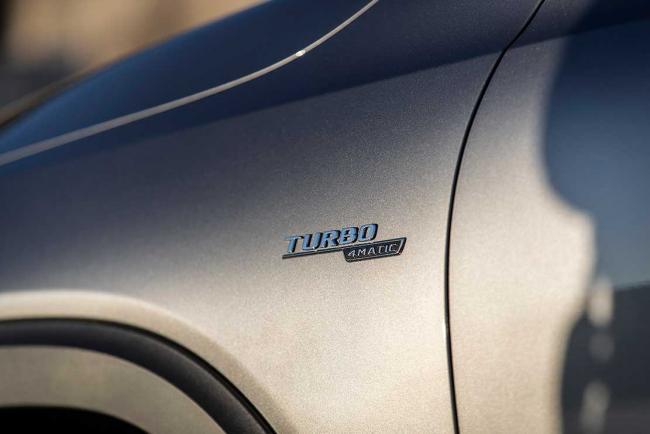 Capot des embl/èmes de Voiture Lettre Embl/ème Turbo 4Matic A m g Badge Fender Supercharger Logo Sticker Sticking de Voiture Compatible avec Mercedes Benz Amg Glossy Noir 2014-2016 Plaque signal/étique