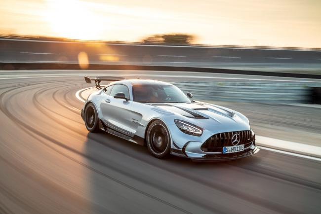 Exterieur_mercedes-amg-gt-black-series_0