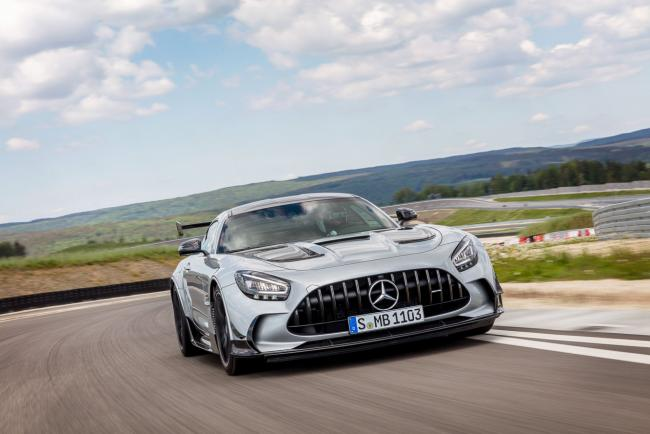 Exterieur_mercedes-amg-gt-black-series_13