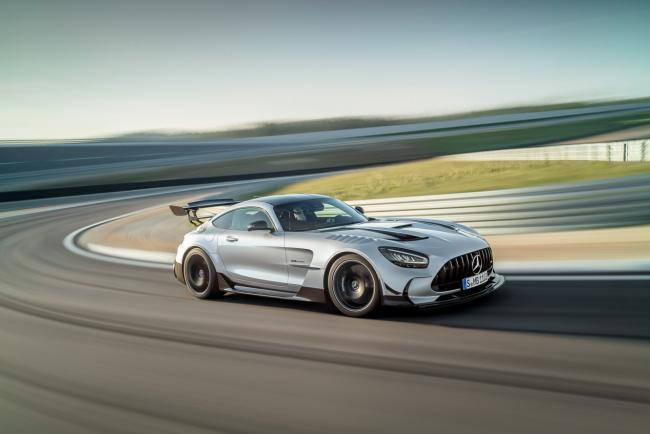 Exterieur_mercedes-amg-gt-black-series_2