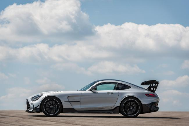 Exterieur_mercedes-amg-gt-black-series_26