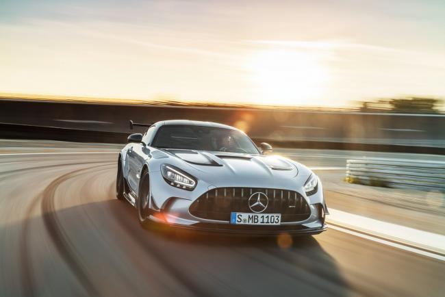Exterieur_mercedes-amg-gt-black-series_9