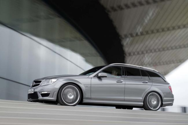 Exterieur_Mercedes-C63-AMG-Break_6