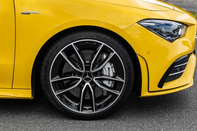 Exterieur_mercedes-amg-cla-35-4matic-shooting-brake_13