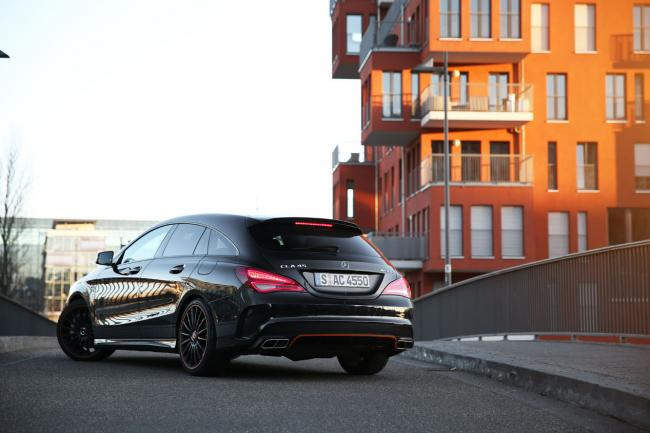 Exterieur_Mercedes-CLA-45-AMG-Shooting-Brake_28