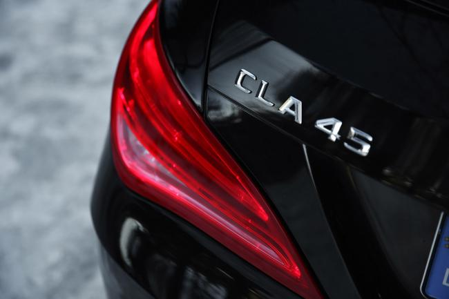 Exterieur_Mercedes-CLA-45-AMG-Shooting-Brake_11