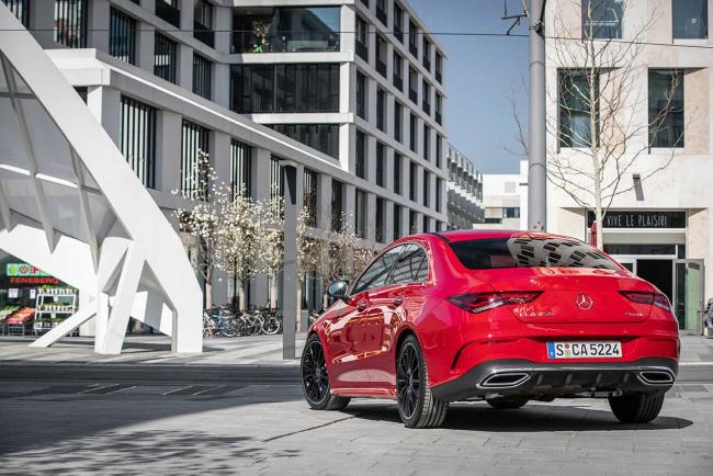 arriere-Mercedes-CLA-Coupe