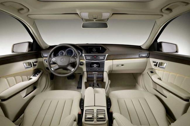 Interieur_Mercedes-Classe-E-Break_32
