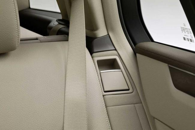 Interieur_Mercedes-Classe-E-Break_34