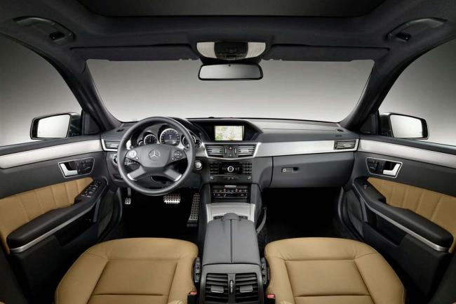 Interieur_Mercedes-Classe-E-Break_33