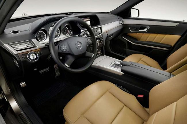 Interieur_Mercedes-Classe-E-Break_44