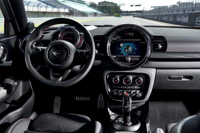 Interieur_mini-clubman-john-cooper-works-le-millesime-2020_0