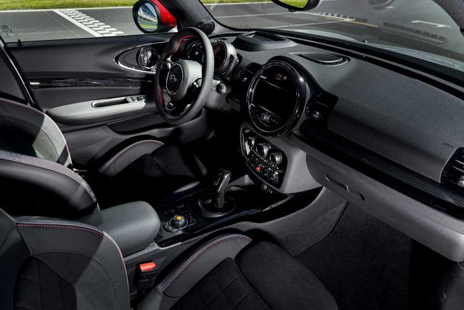 Interieur_mini-clubman-john-cooper-works-le-millesime-2020_1