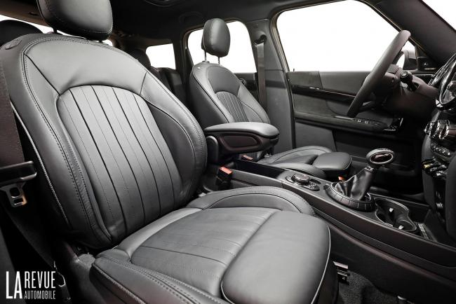 Interieur_Mini-Cooper-S-E-Countryman_28