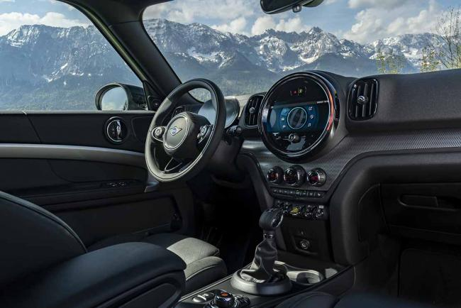 Interieur_mini-countryman-cooper-se-2020-l-hybride-rechargeable_0