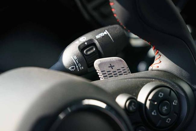 Interieur_mini-john-cooper-works-gp-millesime-2020-essai_0