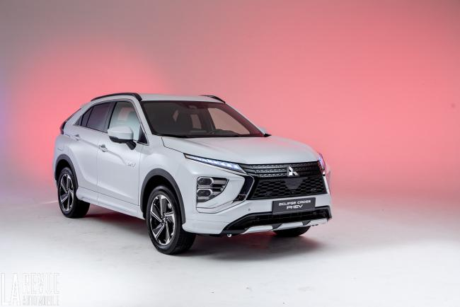 Exterieur_mitsubishi-eclipse-cross-phev-presentation_9