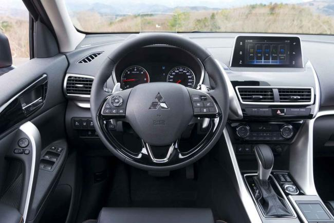 Interieur_Mitsubishi-Eclipse-Cross-S-AWC_22