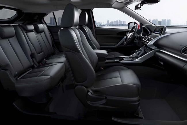 Interieur_Mitsubishi-Eclipse-Cross-S-AWC_25