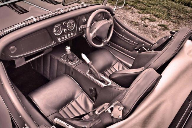 Interieur_Morgan-Plus-8_3