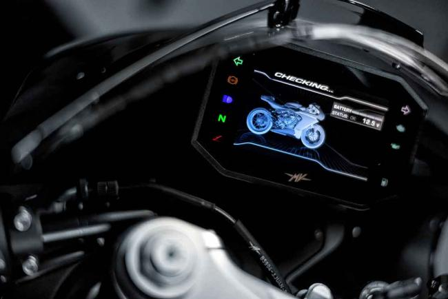 Interieur_mv-agusta-superveloce-800-black-annee-2021_1