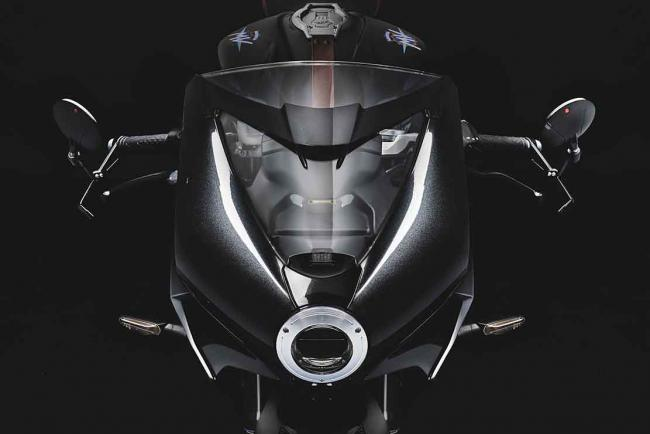 Interieur_mv-agusta-superveloce-800-black-annee-2021_3