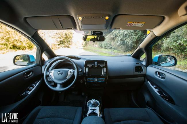 Interieur_Nissan-Leaf-2016_39