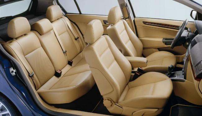 Interieur_Opel-Astra_55